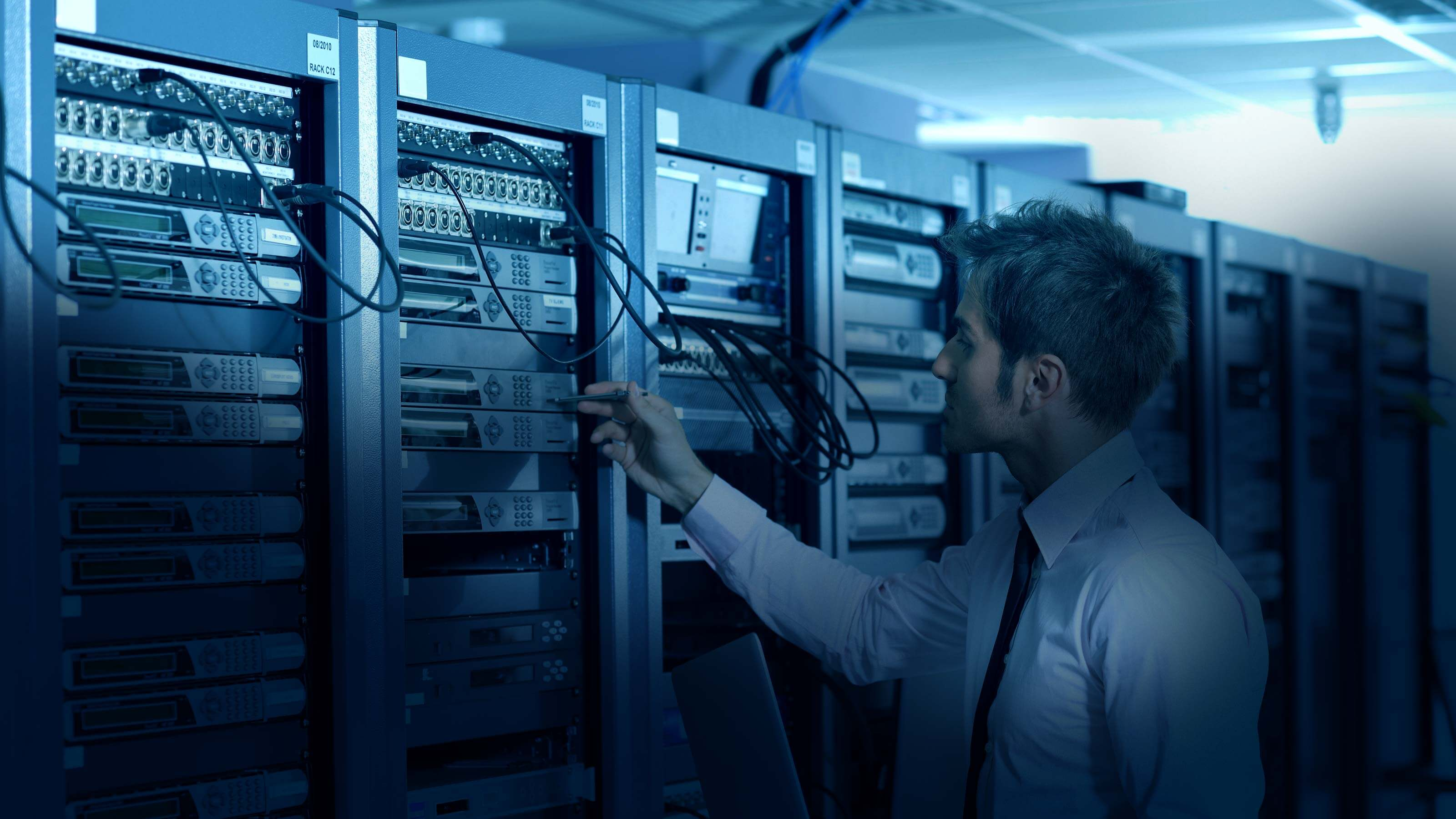 How Does SSD Storage Boost The Performance Of Your VPS Hosting Server?